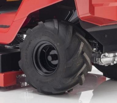 """Dekk med traktormønster 20"""""""